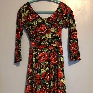 Dresses & Skirts - Floral print back tie dress